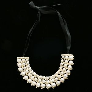 Luxury Crystal Pearl Necklace Gold & Black NWOT